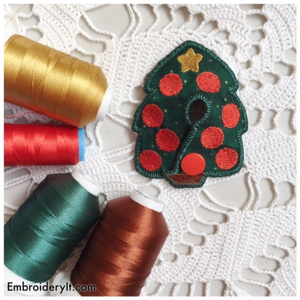 Christmas tree feeding tube in the hoop machine embroidery pattern