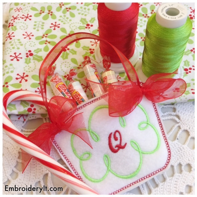 machine embroidery monogram basket letter q in the hoop design