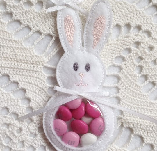machine embroidery bunny in the hoop candy holder