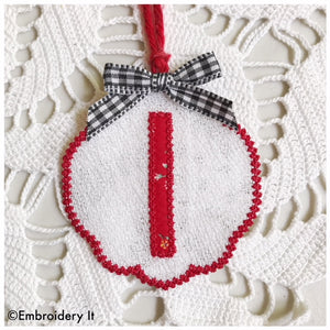 Letter I machine embroidery free standing lace gift tag