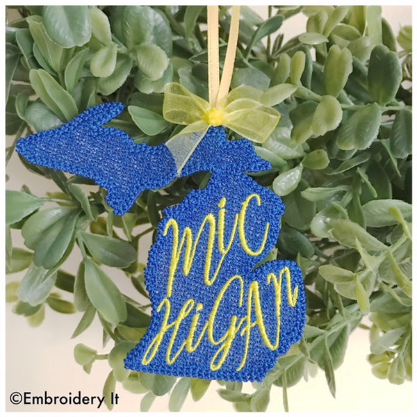 Free standing lace Michigan Gift Tag