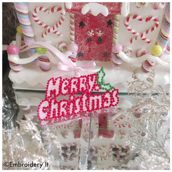 Machine embroidery freestanding lace Merry Christmas gift tag design