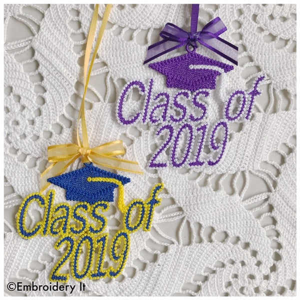 Freestanding lace class of 2019 graduate machine embroidery gift tag