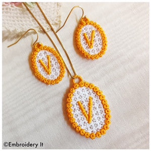 machine embroidery free standing lace jewelry