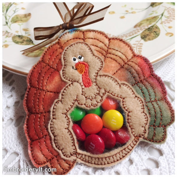 In the hoop Thanksgiving turkey candy holder machine embroidery pattern