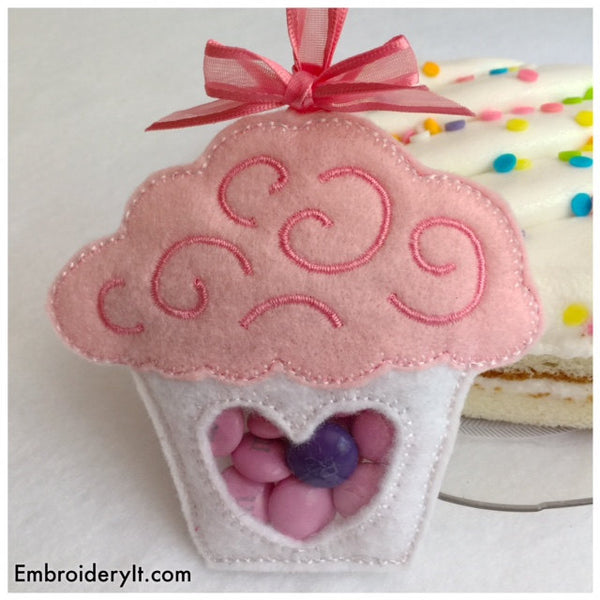 Cupcake candy holder machine embroidery in the hoop pattern