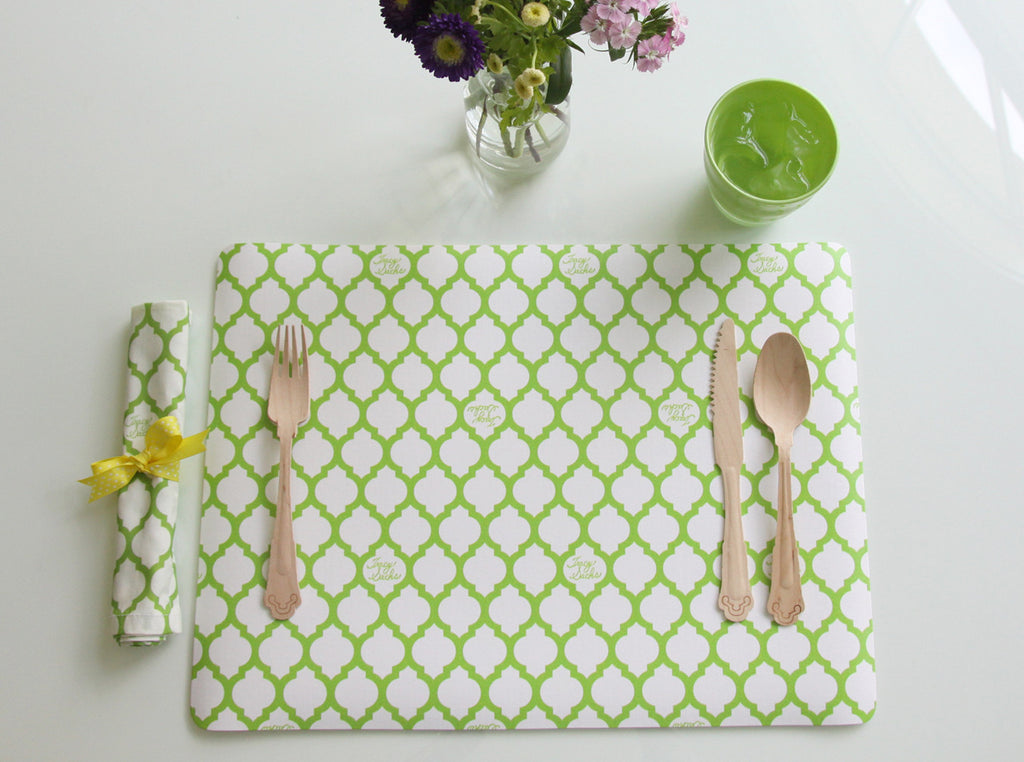 Vinyl Green Quatrefoil Placemat - Set of 4