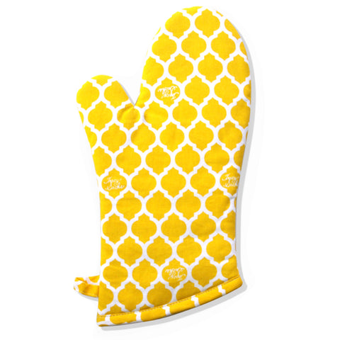 Yellow Quatrefoil Wave Oven Mitt
