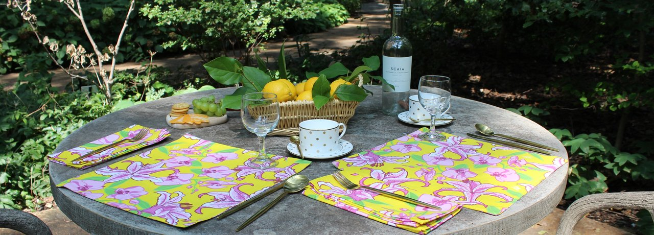 black and white cloth placemats napkins