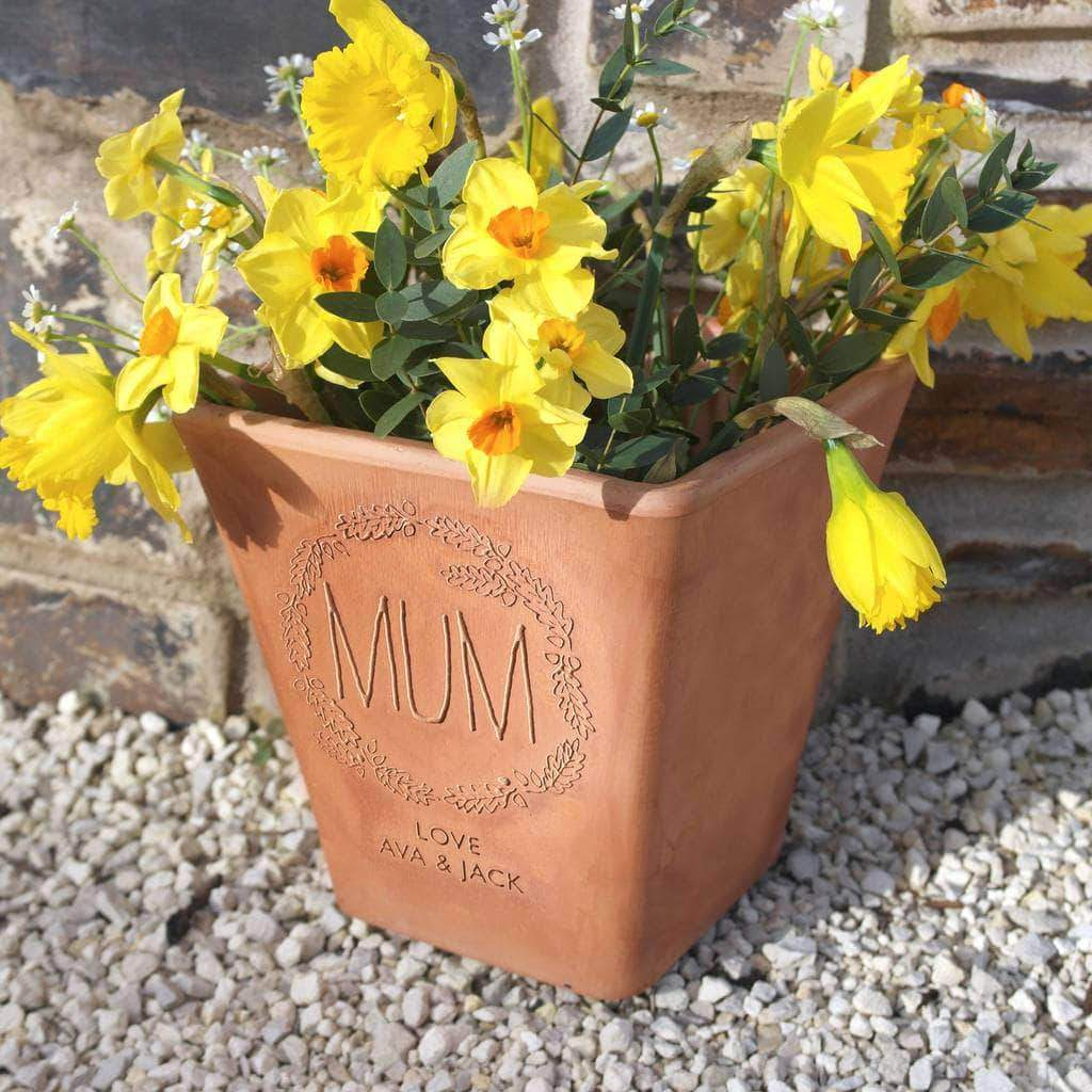 letterfest terracotta Personalised Engraved Wreath Flower Pot