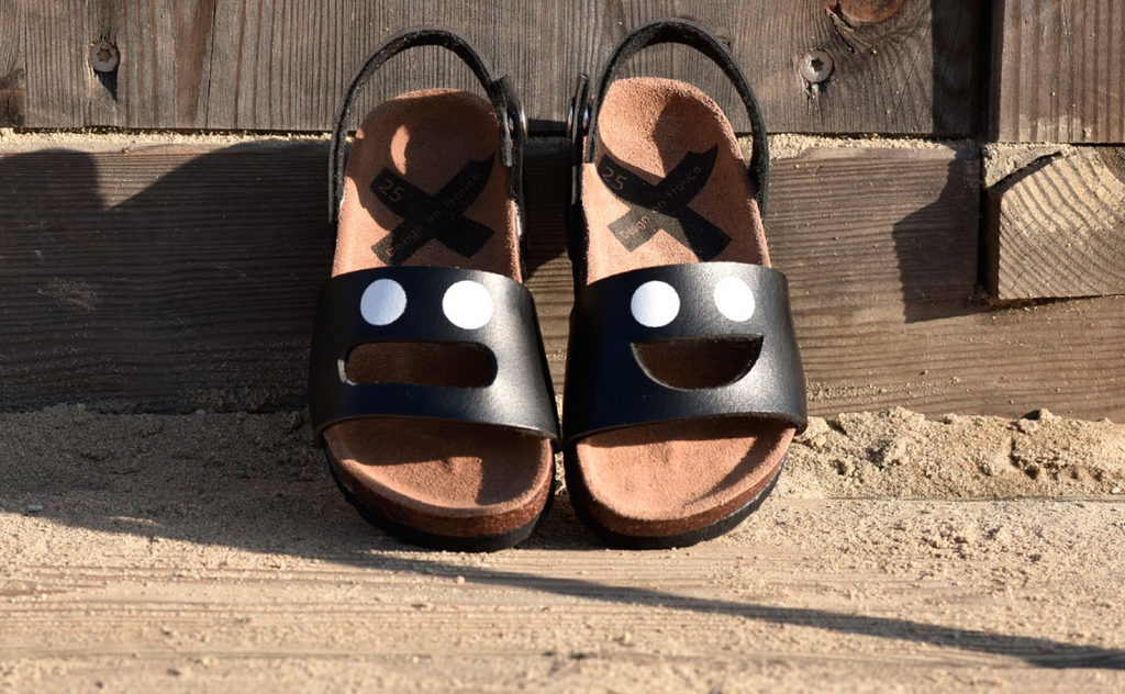 Wistiti Black Sandals - Happy Milk