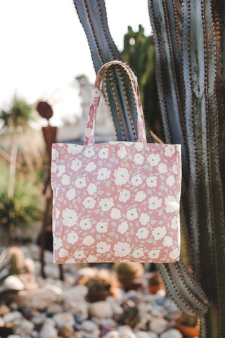 The Lake Elsinore Tote