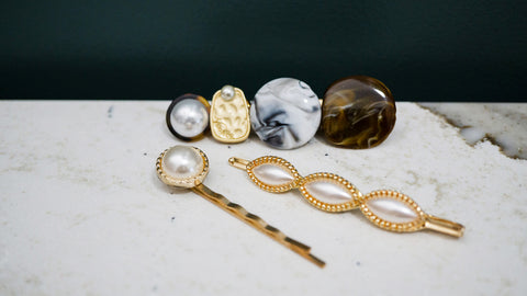 Resin and Pearl Hair Pin Set