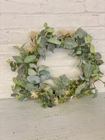 "20"" Aberdeen Sea Holly Wreath"