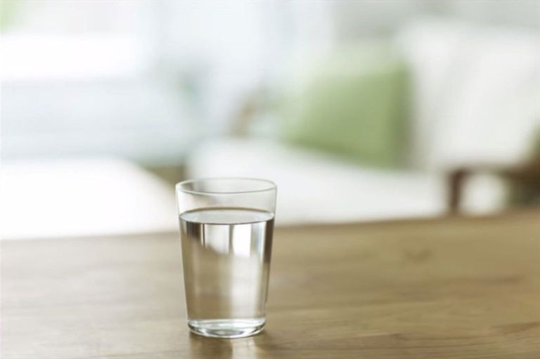 Natural Alkaline Water: Health Benefits of Drinking It