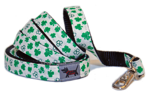 Lick of the Irish Leash