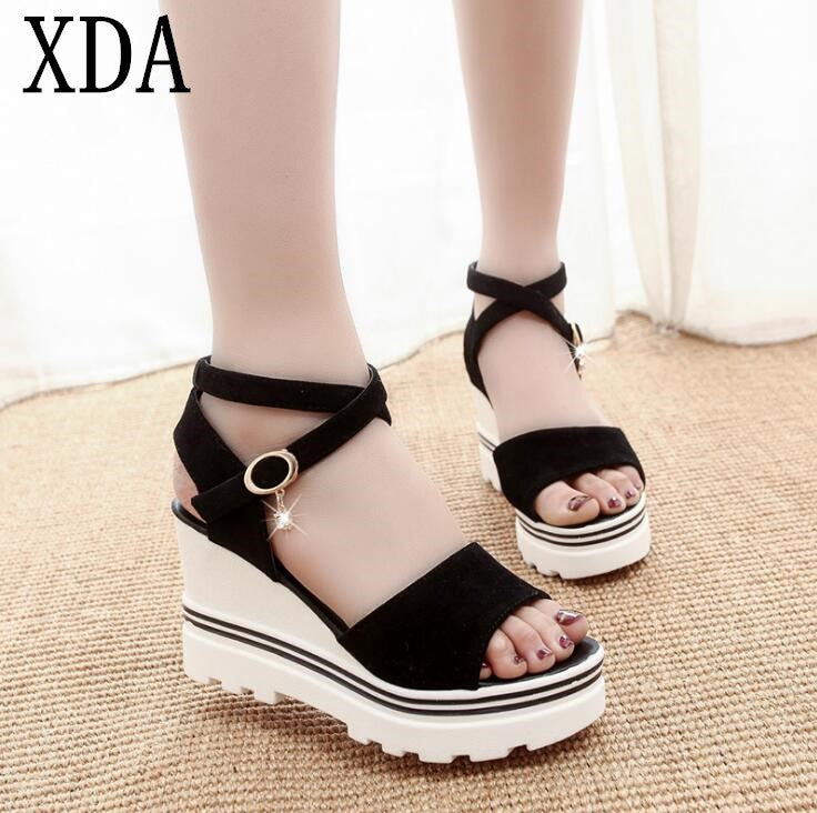 XDA 2018 new fashion Summer Korean muffin fish head women sandals with platform sandals simple shoes shook with students