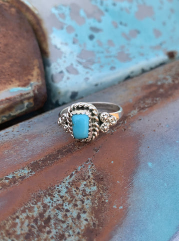 Delicate Kingman Turquoise ring size 7 3/4