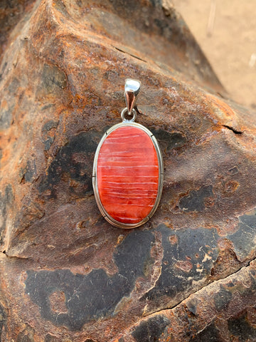 Oval Spiny Oyster Shell pendant