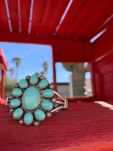 Campitos Turquoise Cluster cuff
