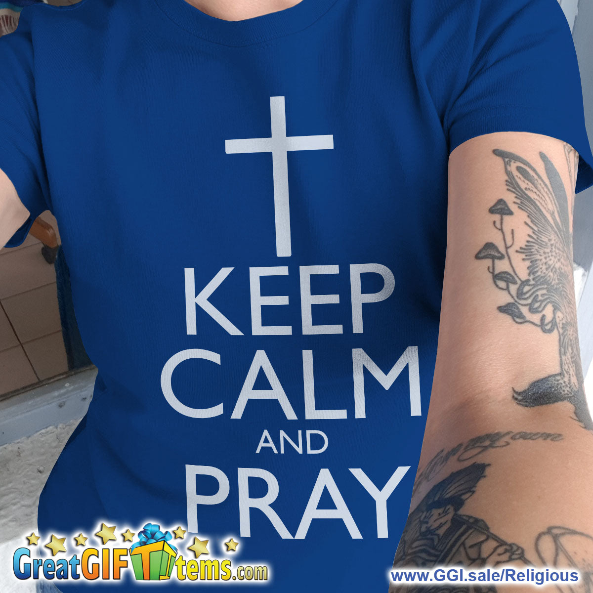 Keep Calm And Pray Solid Color T-Shirt