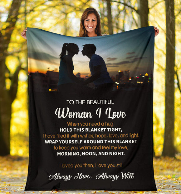 To The Beautiful Woman I Love - Premium Blanket