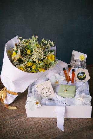 FV x Christine Premium – Bee Well Hamper