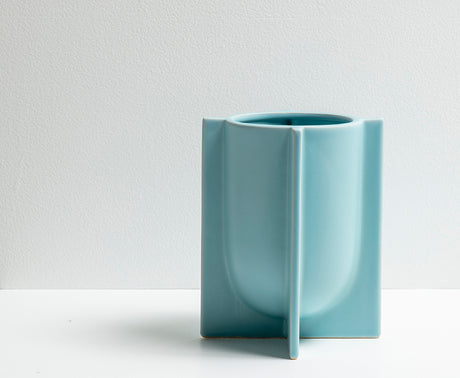 Chester Planter - Porcelain Blue