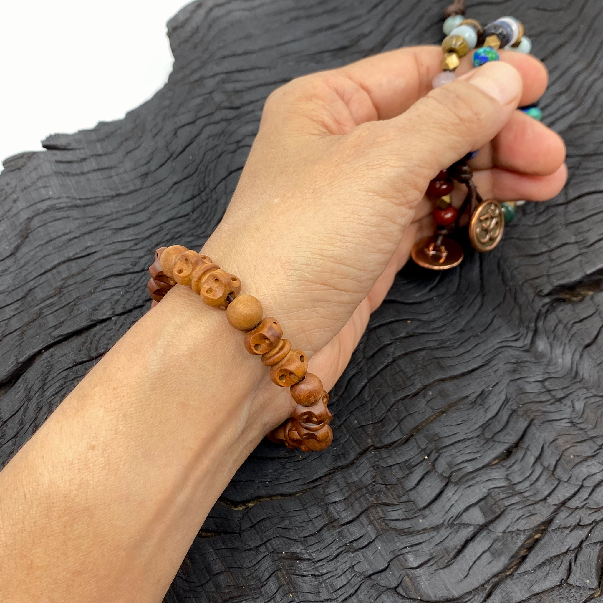 Wrist Mala with Dorje (thunderbolt) - 8mm Wood Beads