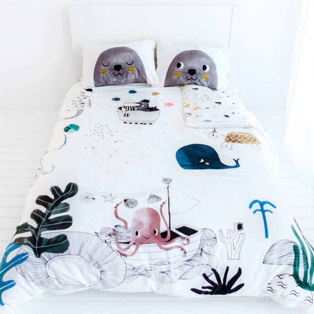 Underwater Love Full Size Bedding Set