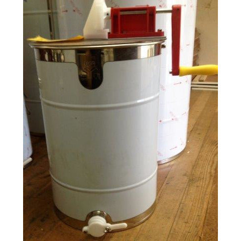 picture of a honey extractor available for sale at Bec's BeeHive