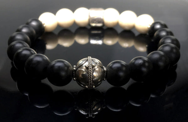 Women's bracelet Onyx, Fossil and Sterling silver
