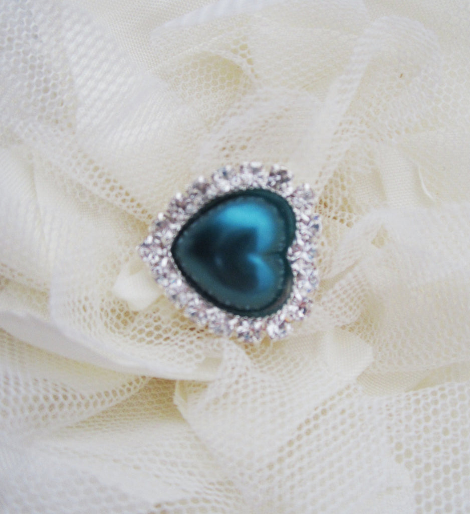 Teal Pearl and Rhinestone Heart Button.