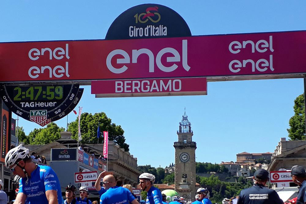 Andy's long weekend to Santini and the Giro D'Italia
