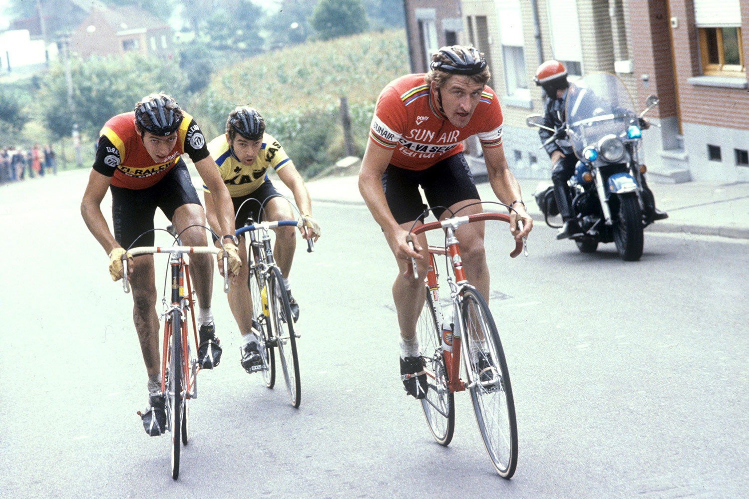 Freddy Maertens and Johan Van de Velde riding the 1979 Paris - Brussels. Photo credits: Offside / L'Equipe.