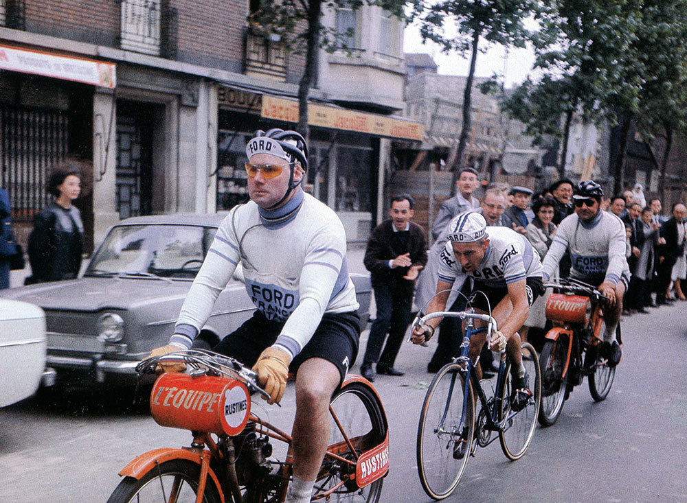 Jacques Anquetil (Ford France - Gitane) won the 1965 edition of Bordeaux-Paris.