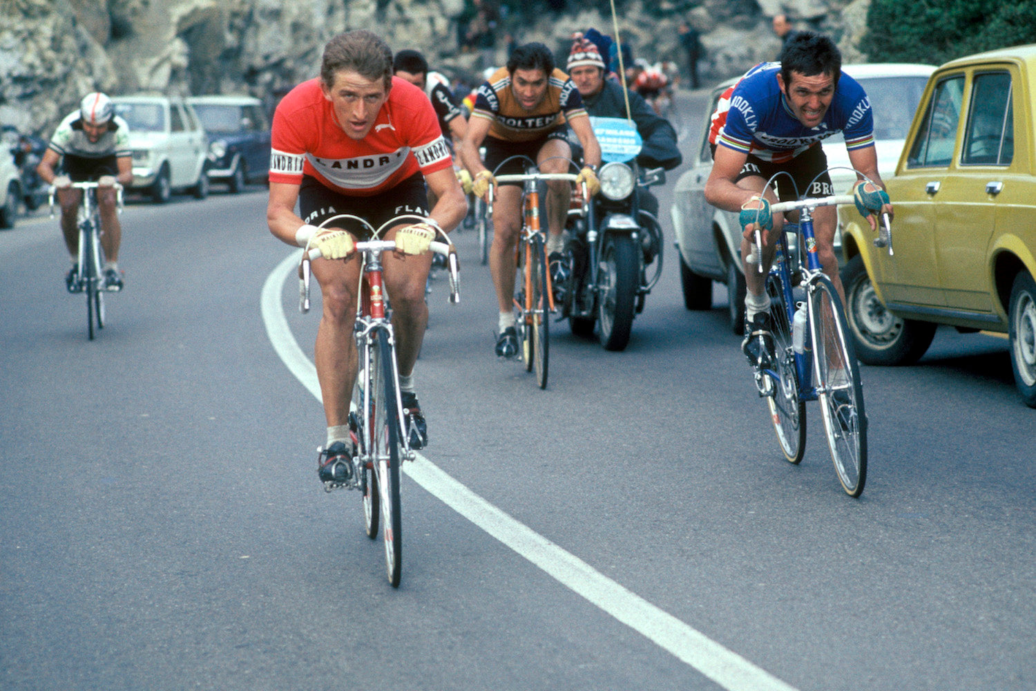 Roger De Vlaeminck, Freddy Maertens and Eddy Merckx at the 1976 edition of Milan San Remo. Photo credits: Offside / L'Equipe.