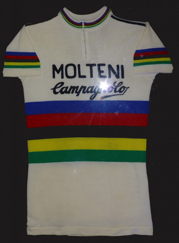 c1fa1e135 Eddy Merckx s 1974 world champion jersey with Molteni-Campagnolo logos that  he wore at Liege