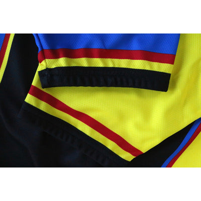 A Close-up of the Sleeves on the Raleigh Banana Jersey