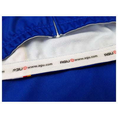 The Panasonic L/S jersey features an AGU branded internal silicon gripper at the waist to prevent your jersey from riding up.