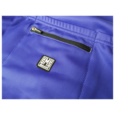 Additional zipped rear pocket with a Santini clothing label on central pocket of the ADR long sleeve jersey.