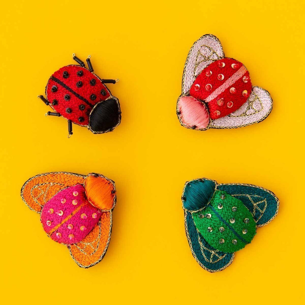 RO20116BR-BROOCH-LOVE-BUGS-ALL-2.jpg