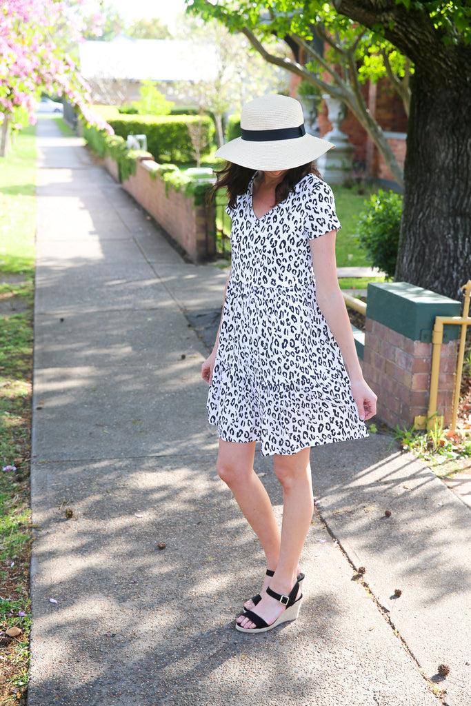 Leopard breastfeeding dress with lift up panel