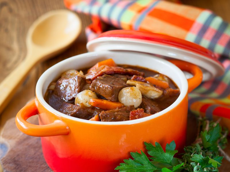 Boeuf Bourguignon surgelé 1 personne / Frozen Beef Bourguinon (stew) Ready to eat 1 pax (NON HALAL)  By French Feast - TheLittleMart.com