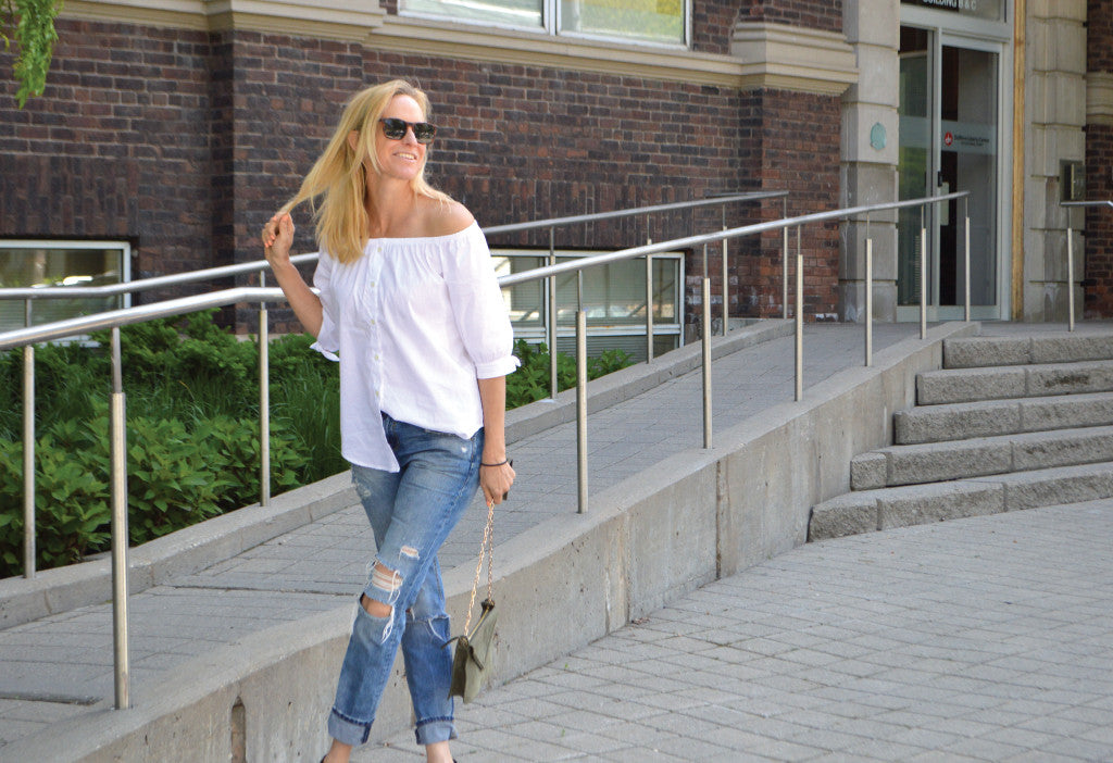 Trendsetting Off-Shoulder Top