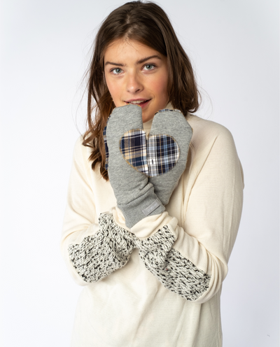 Ariel Mitts in Grey & Flannel