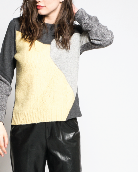 Abril Sweater in Charcoal