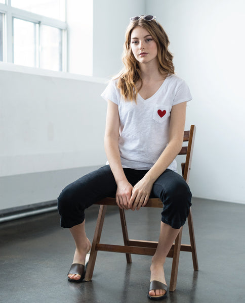 Kate White V-Neck Cotton Pocket T-Shirt