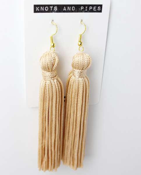 Knots and Pipes - Peach Plain Knot Tassel Earing