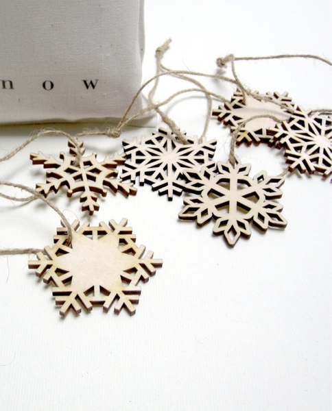 Pi'lo - Bag of Wooden Snowflakes